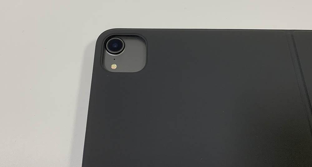 カメラの隙間