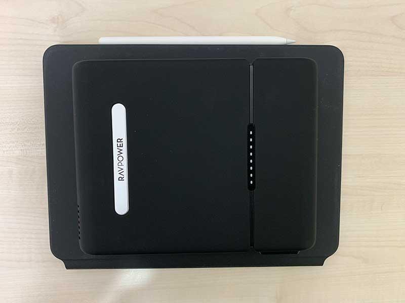 RP-PB055とiPad Proとのサイズを比較